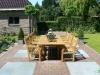 Belgische hardsteen tegels als blokken gelegd in gebakken klinkers