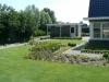 Ruim gazon voor de ruimtelijke indeling bij een woning in Oostvoorne